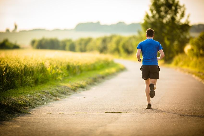 Sport kann bei Hämorrhoiden durchaus sinnvoll sein (Bildquelle: BigStock-ID-58973150-lightpoet)
